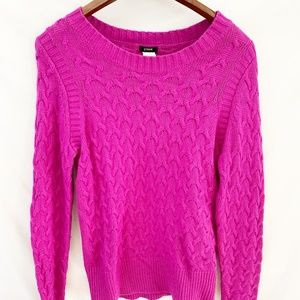 J Crew  raspberry cable knit sweater m